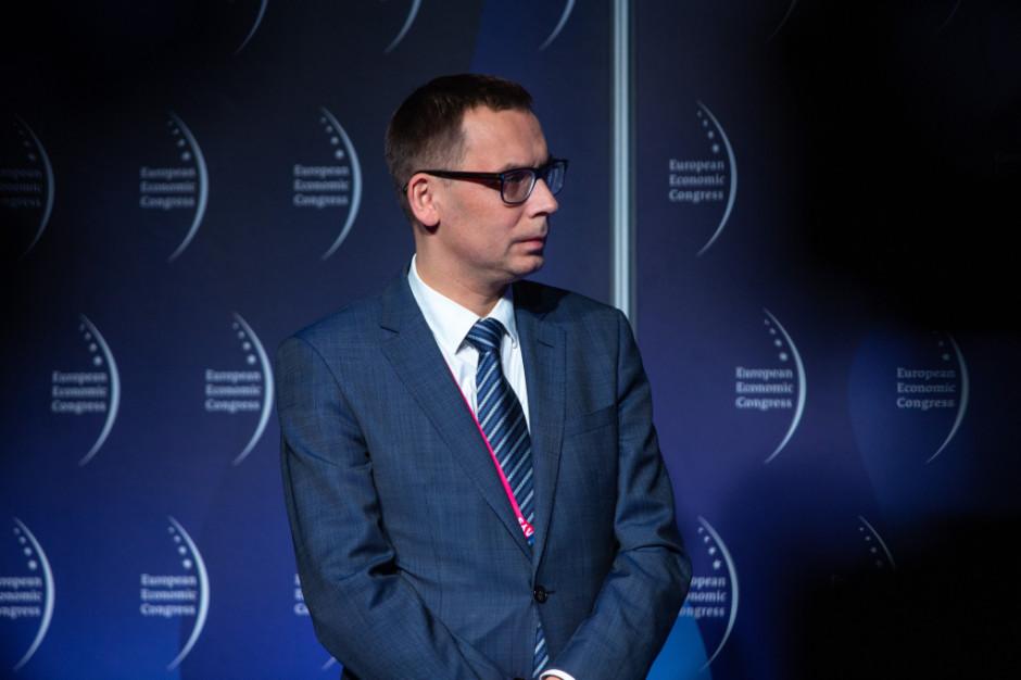 """Jak podkreślił podczas uroczystej gali Wojciech Kuśpik, prezes Grupy PTWP oraz inicjator Europejskiego Kongresu Gospodarczego, nadrzędną ideą projektu """"Inwestor bez granic"""" jest propagowanie wzorcowych relacji między inwestorem, rynkiem i administracją."""