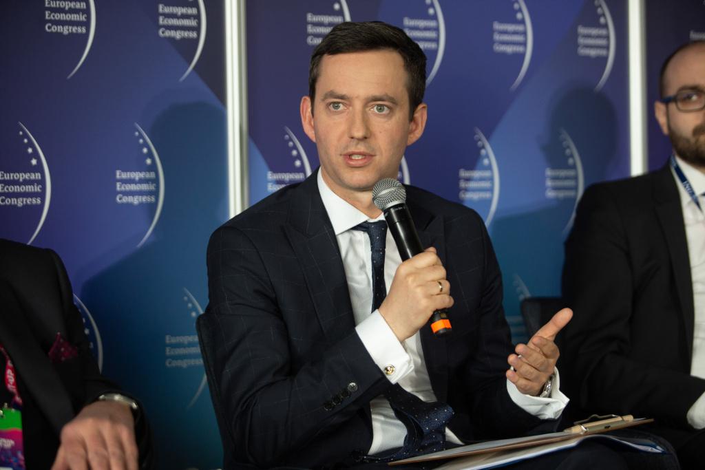 Marcin Ociepa: dla UE zagrożeniem jest skupienie się na niezdrowej rywalizacji z Wielką Brytanią. Fot. PTWP