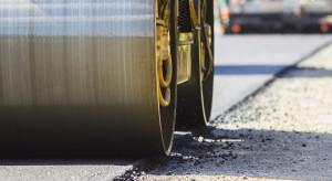 Lotos i Politechnika Gdańska stworzą czystsze asfalty