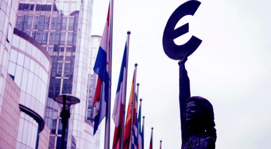 KE przedstawia sposób organizacji zarządzania instrumentem wzmocnienia strefy euro