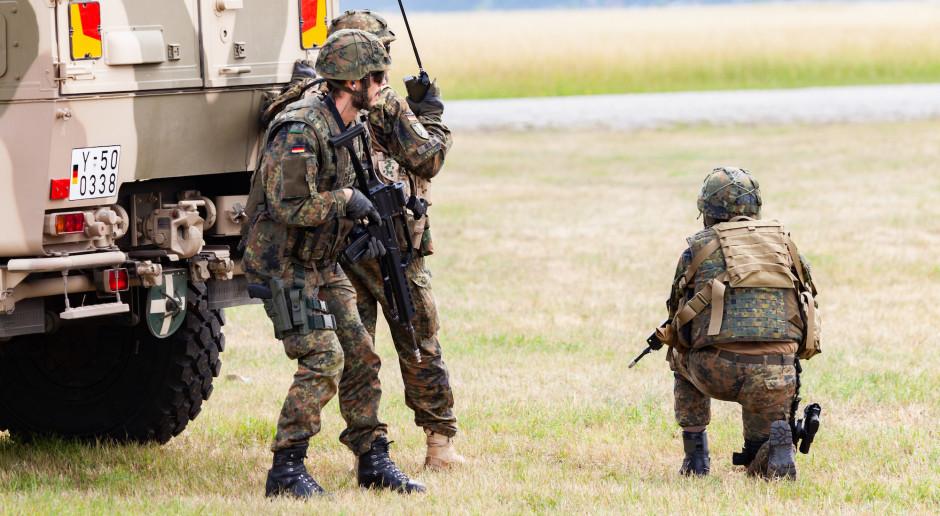 Żołnierze Bundeswehry dostają nowe smartfony, ale bez dostępu do internetu