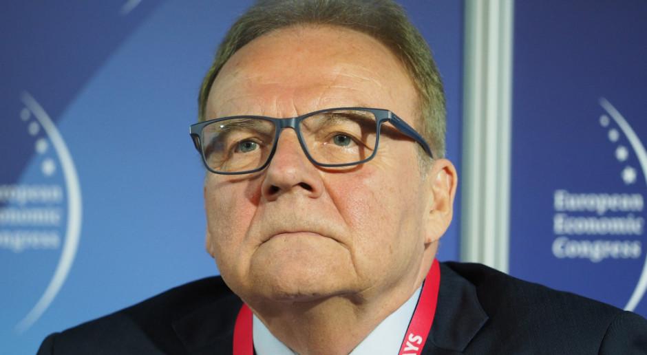 Andrzej Malinowski: koronawirus uderzy we wszystkich. Można jedynie zapiąć pasy