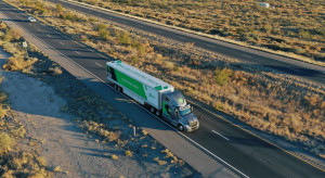 Pocztowa firma wdrożyła testy autonomicznych ciężarówek