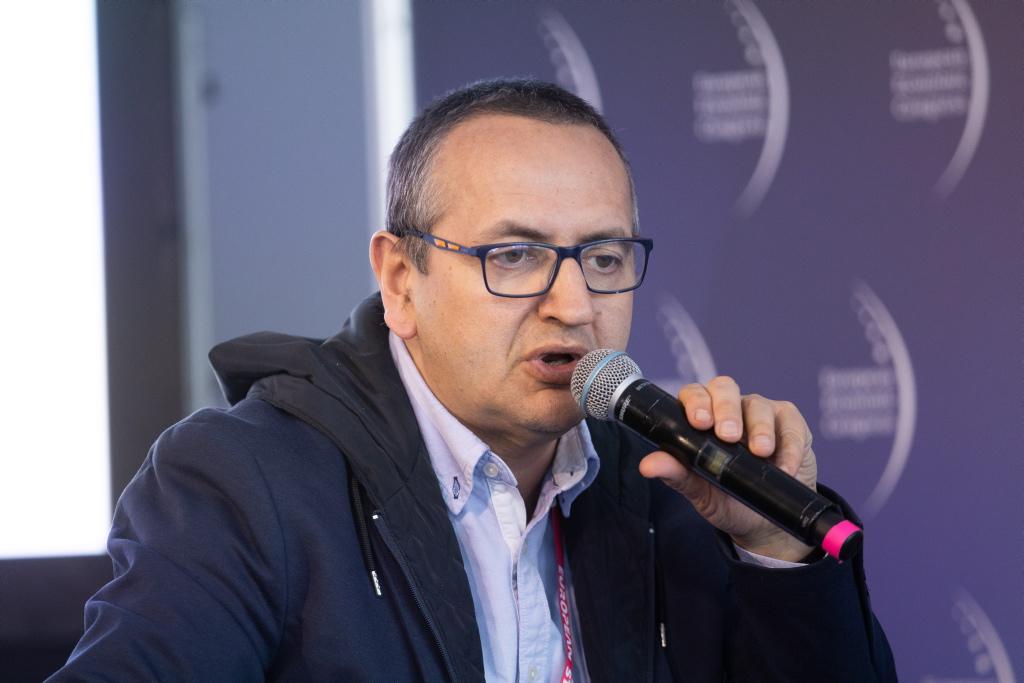 Dyskusję moderował Sławomir Kosieliński, prezes Fundacji Instytut Mikromakro