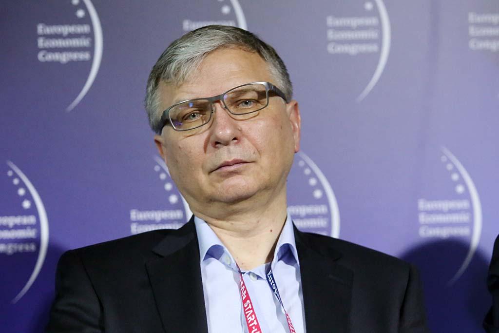 Piotr Wojciechowski: Przedsiębiorcy działają nie tylko na styku z urzędem skarbowym, ale także szeroko pojętą administracją i tam często pojawiają się kolejne bariery. (fot. PTWP)