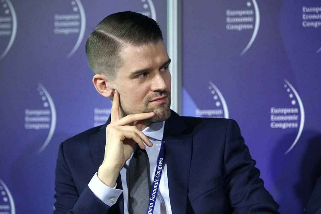 Grzegorz Płatek: Chcemy przeciwdziałać zatorom płatniczym. Będziemy m.in. publikować dane o praktykach płatniczych dużych firm, (fot. PTWP).