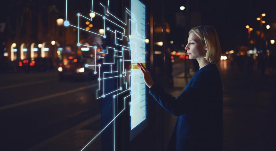 Minister cyfryzacji: miks kilku technologii zmieni obraz miast i gospodarki