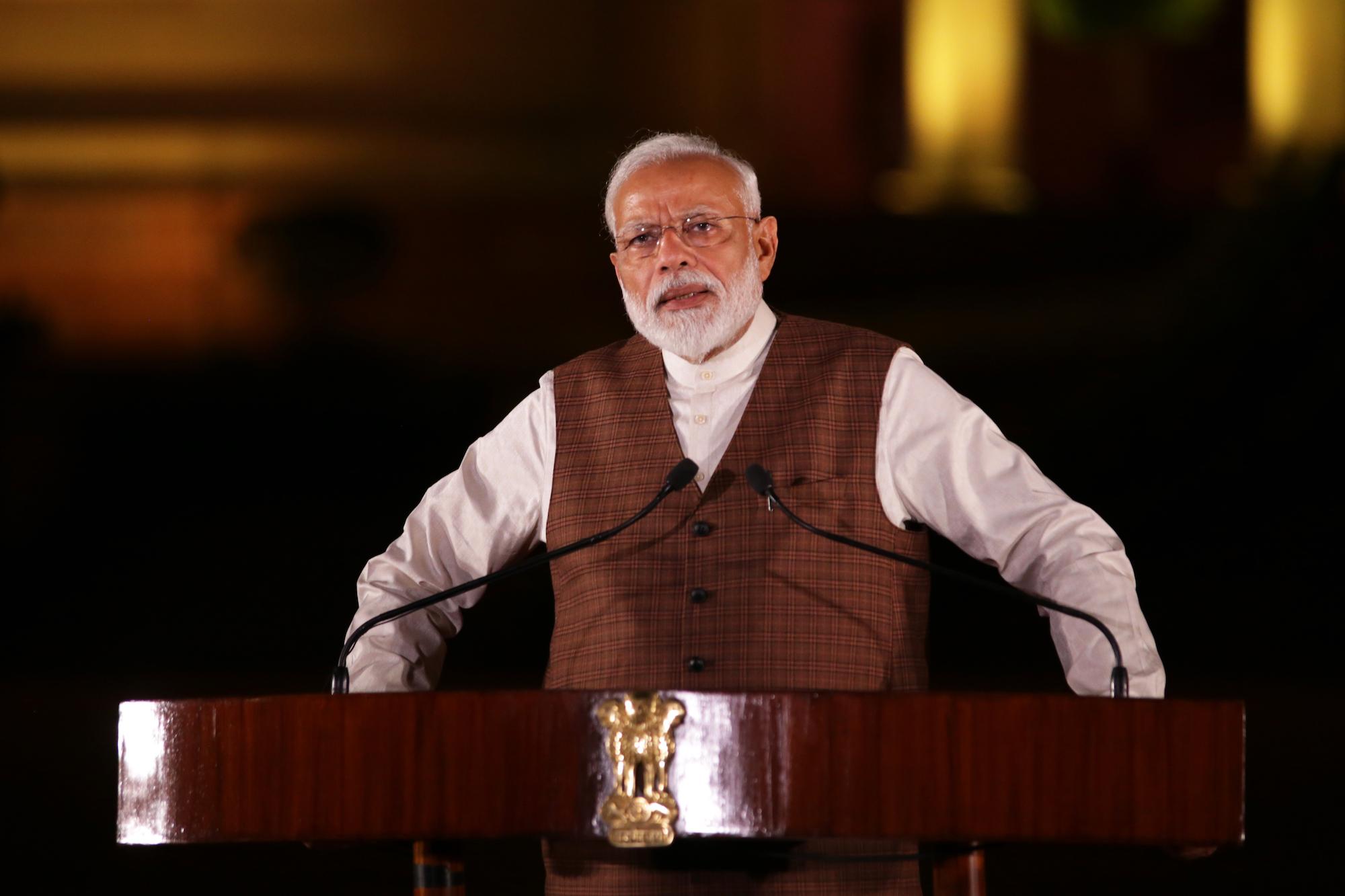 Premier Indii, Narendra Modi chwali się rekordowymi inwestycjami zagranicznymi.