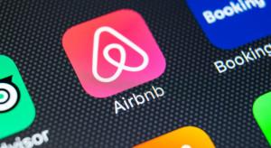 Airbnb reaktywuje plan powrotu na giełdę