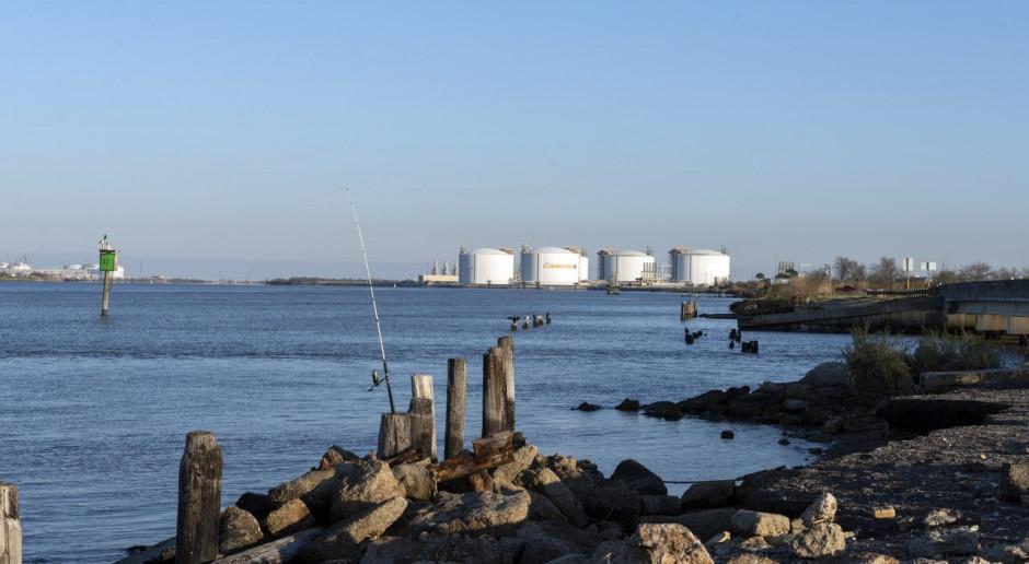 Eksport amerykańskiego LNG w coraz większej zapaści