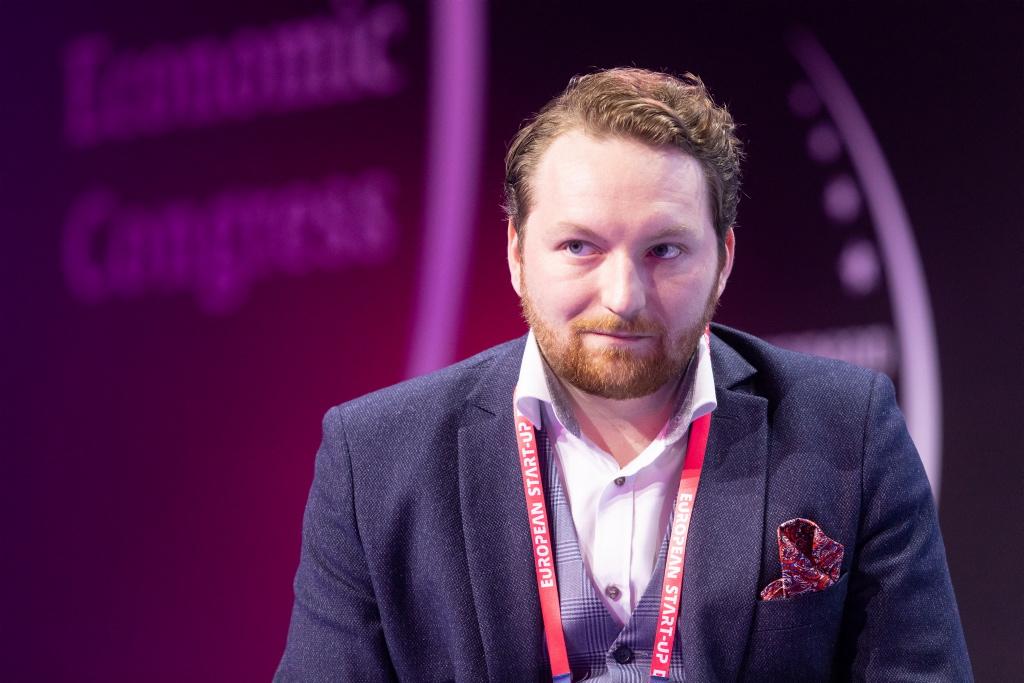 Łukasz Piechowiak, redaktor naczelny, Fintek.pl, moderator debaty (fot. PTWP)