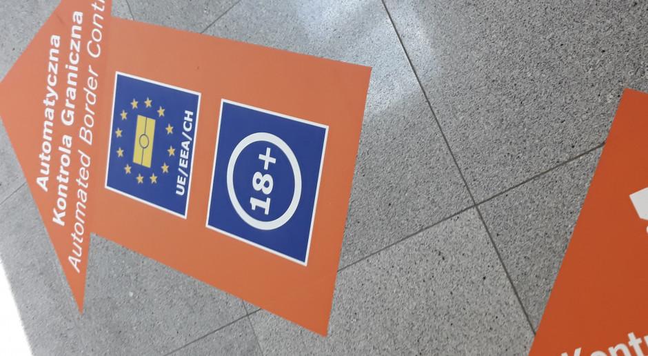 Szybsza odprawa na lotniskach dzięki automatycznym bramkom ABC