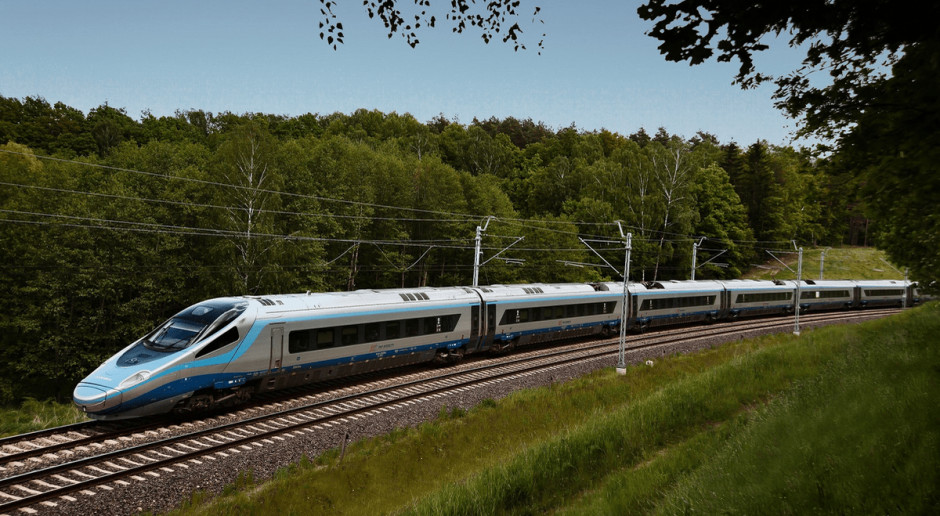 PKP Intercity przywraca połączenia. Wracają też pasażerowie