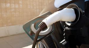 Kalifornia przeznaczy 437 mln dol. na rozwój sieci ładowarek samochodowych