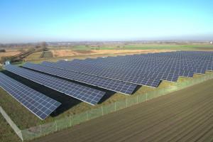 Columbus Energy kupuje spółki z projektami farm fotowoltaicznych