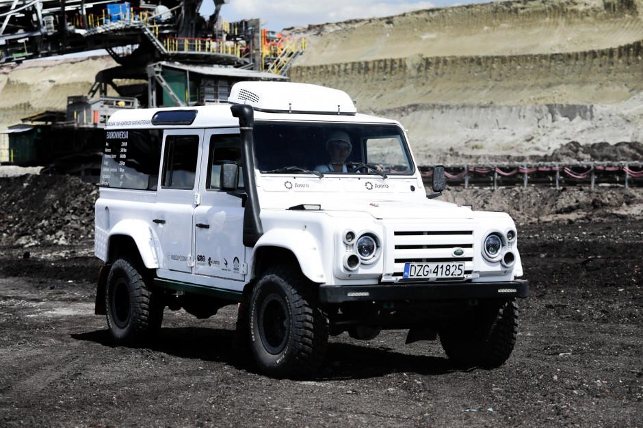 Samochód posiada baterię o pojemności 85 kWh, napęd 4×4, silnik o mocy 272 KM (200 kW) i momencie obrotowym 350 Nm. Fot. Mat. pras.