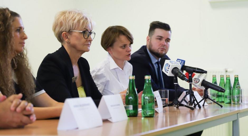 W ubiegłym roku na rynek zamówień publicznych trafiło ponad 200 mld zł