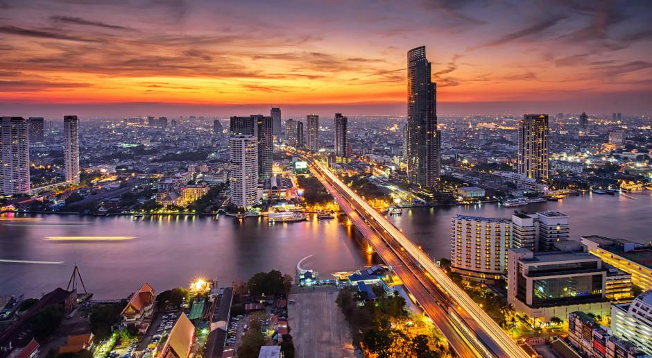 Tajlandia zaczęła szczepienia chińską szczepionką, premier czeka na AstraZeneca