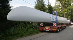 40-metrowe skrzydła do elektrowni wiatrowej pokonały drogę z Ustronia do Japonii