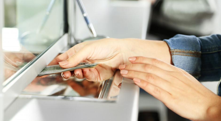 Banki znacząco obniżyły oprocentowanie depozytów. NBP potwierdza