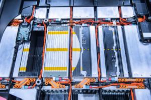 Giganci na rynku baterii zacieśniają współpracę