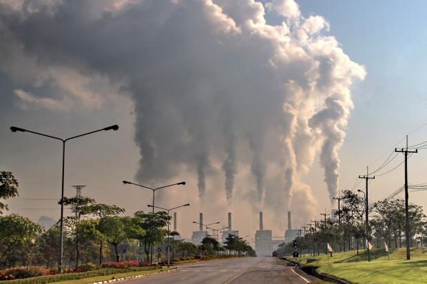 Ekolodzy postulują 65-procentowy cel redukcji emisji już do 2030 roku