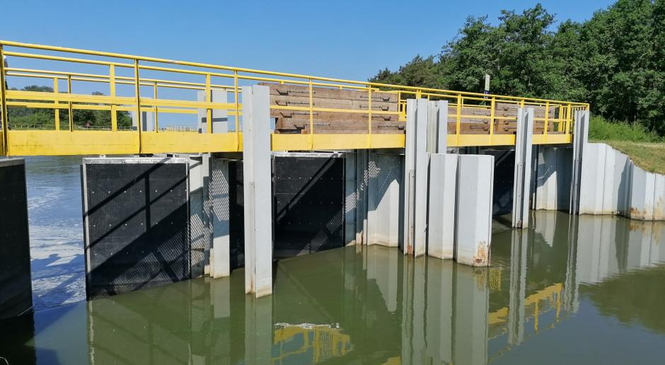 Energa: Gotowa wstępna koncepcja przebudowy wrót sztormowych na Kanale Jamneńskim