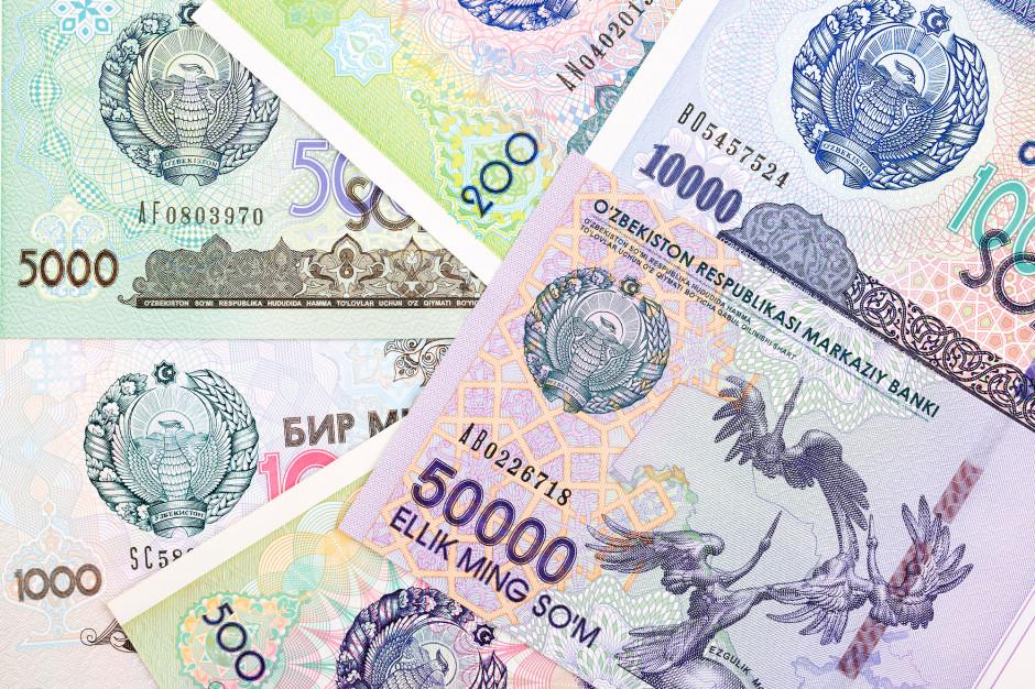 Uzbecka waluta som (sum) Fot. Shutterstock.com
