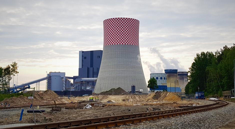 Trwa walka o kolejowy kontrakt w Ostrołęce C. Jest wyrok sądu