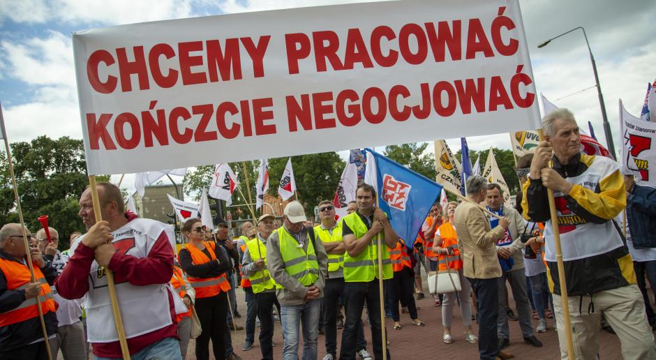 240 mln zł za Hutę Częstochowa