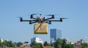 Singapur: Pierwsze dostawy przesyłek na statki za pomocą dronów