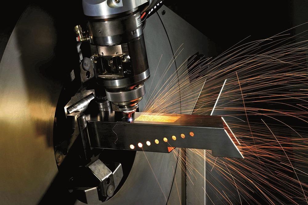 Laser do cięcia stali, fot. mat. pras.