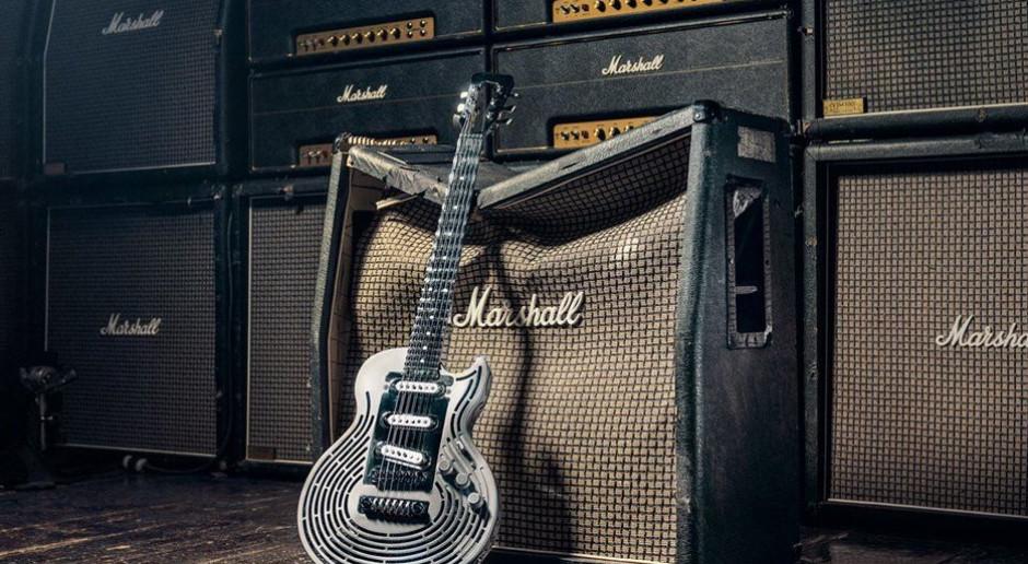 Szwedzi wydrukowali z tytanu niezniszczalną gitarę, teraz drukują diamenty