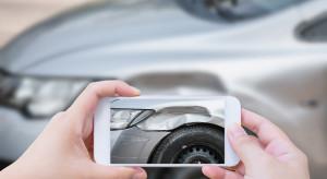 Kierowcy sprawdzają historię swojej polisy. Wzrost zapytań aż o 80 proc.