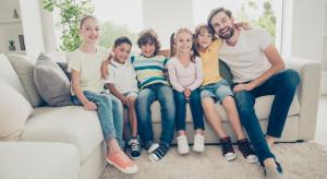 Co szósta rodzina opłaca bieżące rachunki z pieniędzy z 500 plus