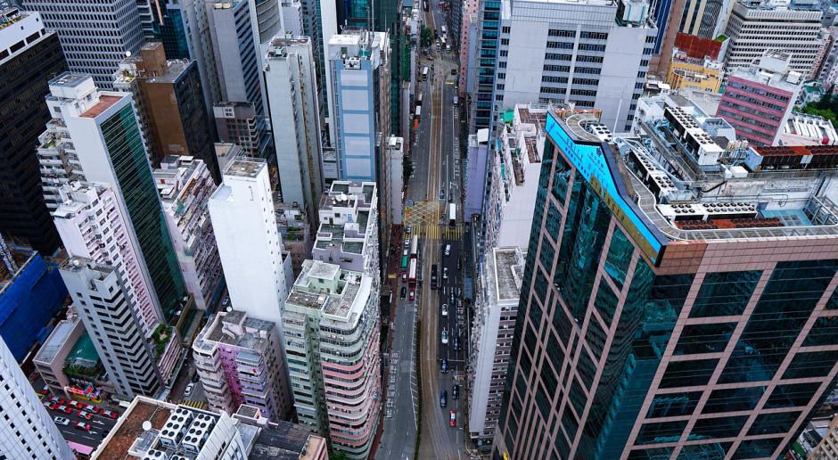 Policjanci w Hongkongu dostali szersze uprawnienia do używania siły