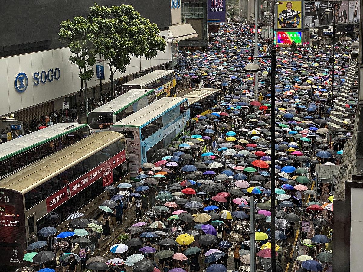 Protesty na ulicach Hongkongu 6 października 2019 r. fot. Studio Incendo/wikimedia, licencja CC BY-SA 2.0