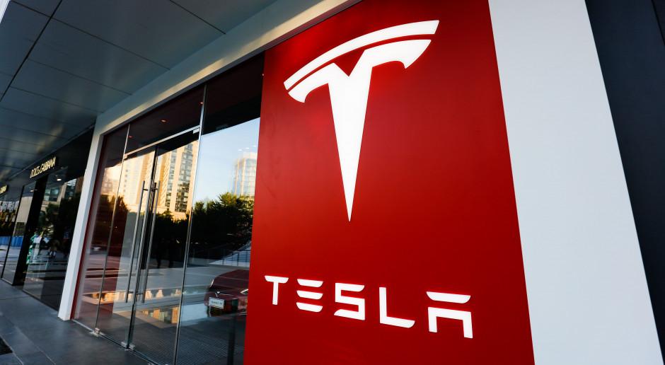 Tesla wycofała pozew przeciw lokalnym władzom