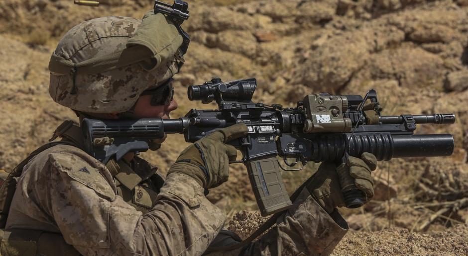 Armia USA chce inteligentnej broni i cyfrowego wsparcia strzelców