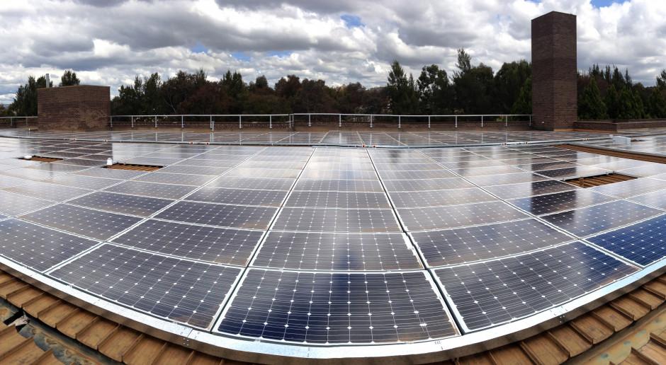 Columbus Energy spokojny o dostawy i ceny instalacji fotowoltaicznych
