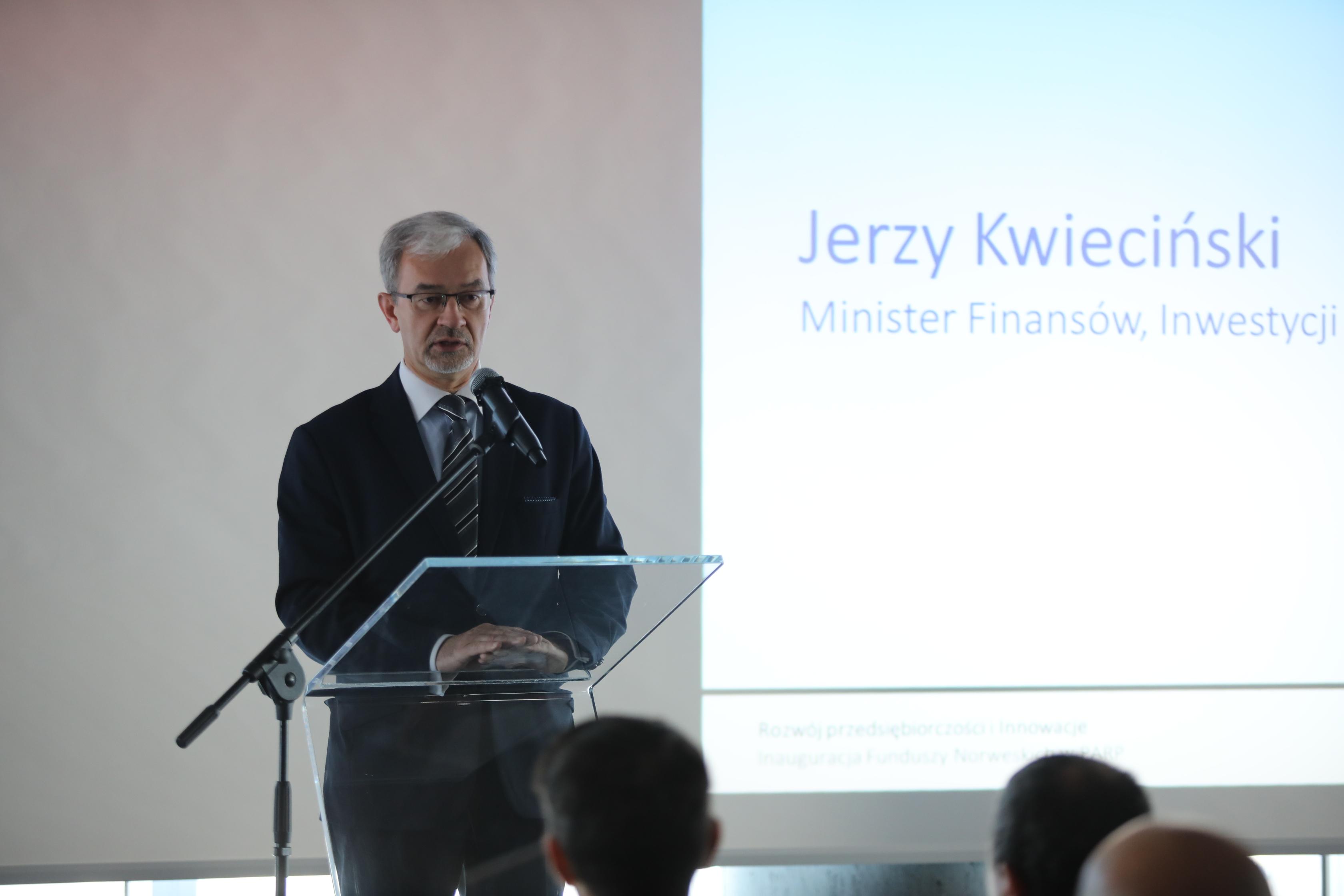 Konferencja Fundusze Norweskie - Jerzy Kwieciński, minister inwestycji i rozowju, minister finansów ( Fot. mat. pras PARP)