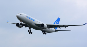 Duże linie lotnicze zostaną sprzedane po znacznie niższej cenie, niż zakładano
