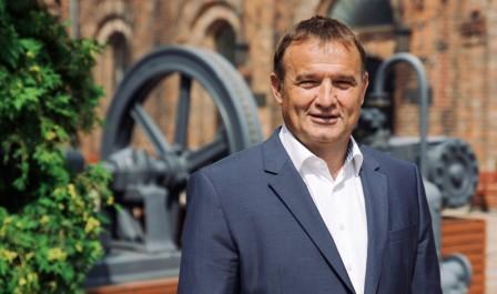 Konrad Śniatała uważa, że stoimy przed rewolucją w funkcjonowaniu społeczeństw (fot. mat. pras.)