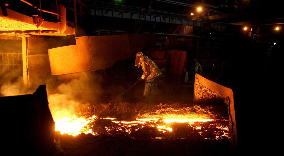 ArcelorMittal z zyskiem operacyjnym i stratą netto w trzecim kwartale