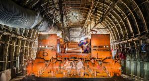 Kotwienie w JSW. Testowy kombajn już drąży chodnik w kopalni Budryk