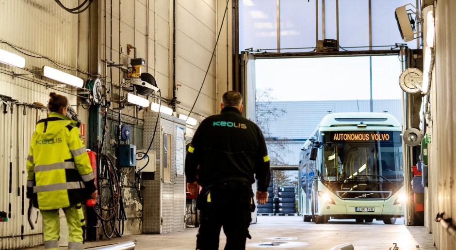 Autobusy Volvo już jeżdżą bez kierowcy. Przynajmniej po zajezdni