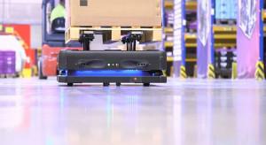 DB Schenker wprowadził do magazynów roboty. Przenoszą nawet 800 kg