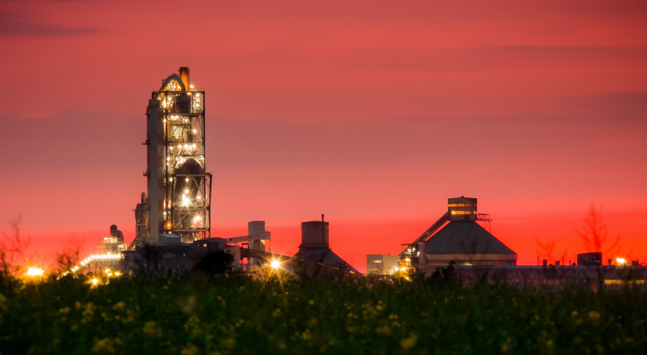 Lafarge wydało krocie na inwestycje w Cementowni Kujawy. To jeszcze nie koniec