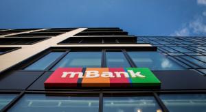 mBank straci na niższych stopach 155 mln zł