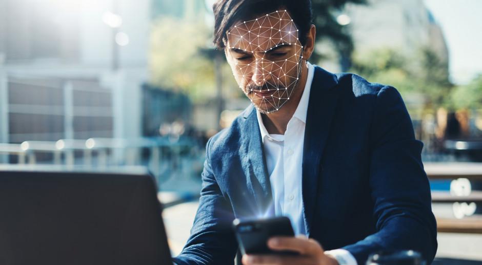 Facebook przyznał się do aplikacji rozpoznającej twarze pracowników